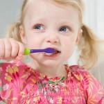 歯磨きの正しい方法は?虫歯予防や逆効果な磨き方をチェック!